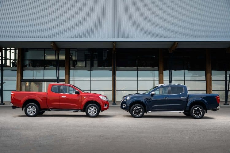 Nissan Navara King Cab Red and Double Cab Blue 2